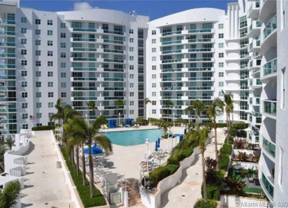Appartement moderne, 2 chambres, Harbor Island, North Bay Village, Usa