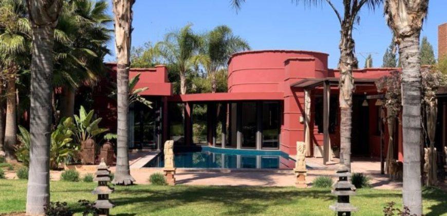 Jolie maison moderne avec piscine et terrasse à Marrakech