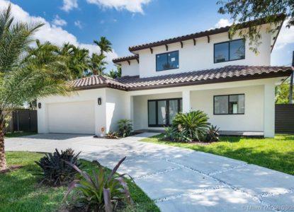 Jolie villa à étage, 4 chambres, West Miami, Floride, USA