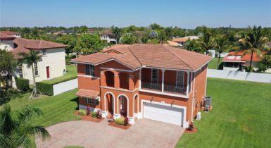 Maison familiale, 5 chambres, Miami, Floride, USA