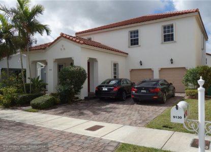 Grande propriété de style Ponce, 4 chambres à Miami, Floride, USA