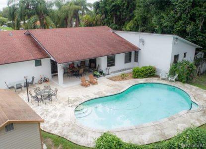 Maison bien entretenue, 4 chambres, Miami, Floride, USA