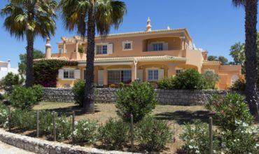 Acheter deux belles villas à Faro, Portugal