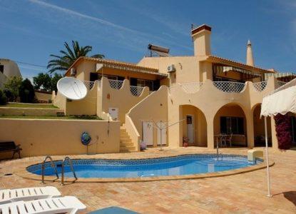Villa de luxe en vente à Faro, Portugal