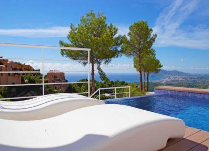 Villa avec salle de cinéma à vendre à Alicante, Espagne