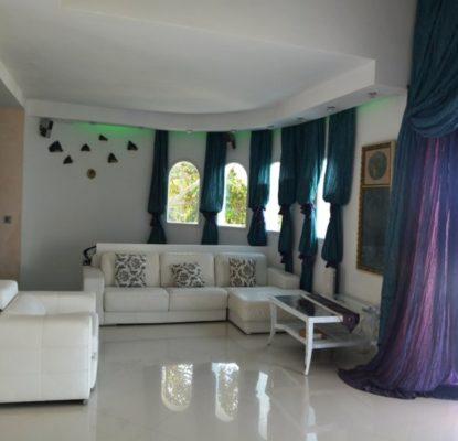 Splendide villa bien localisée à vendre à Alicante – Espagne