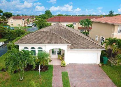 Charmante villa basse à Miami, USA