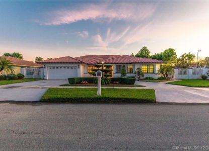 Belle maison rénovée 4 chambres à Miami, Floride, USA