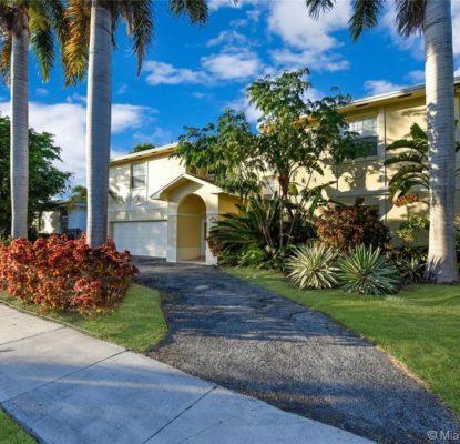 Villa équipée d'un jardin à Miami USA