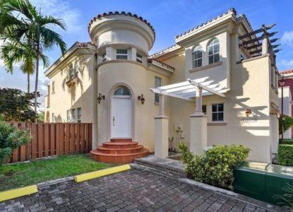 Villa de luxe rénovée à Miami, Floride, USA